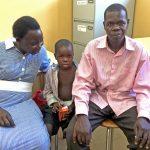 bimbo malaria con papà_alta_ritocc